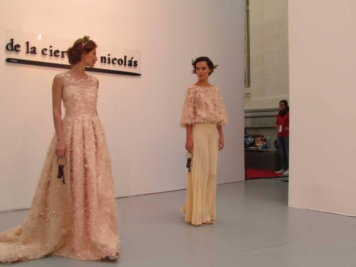 de-la-cierva&nicolas-pasarela-costura-españa-moda-españa-galeria-de-cristal-angienewlook-novias-bride-angie-reyn--fashion-stylist-estilista-de-moda-moda-estilo-tendencias-encajes