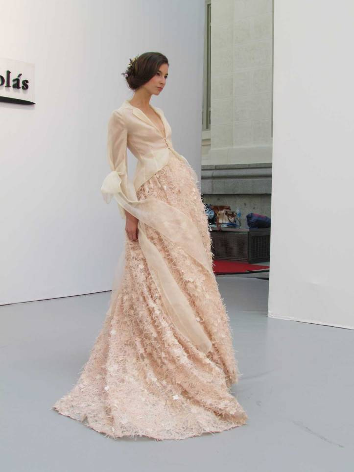 de-la-cierva&nicolas-pasarela-costura-españa-moda-españa-galeria-de-cristal-angienewlook-novias-bride-angie-reyn--fashion-stylist-estilista-de-moda-moda-estilo-tendencias-garden