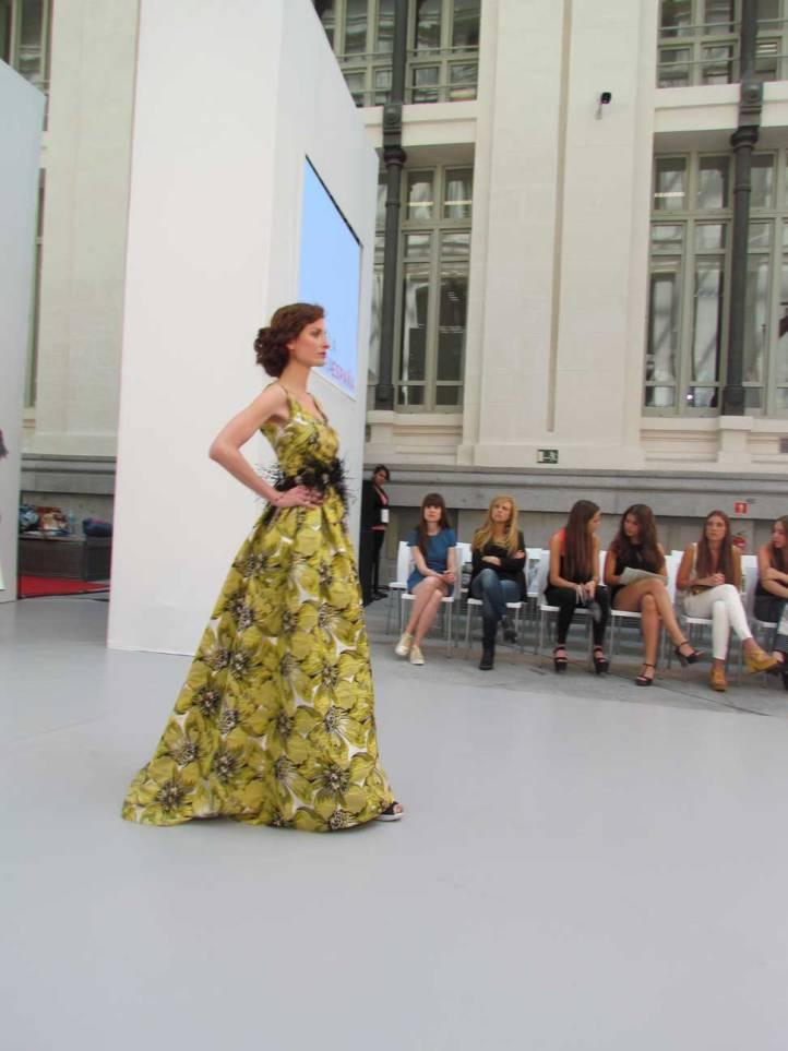 de-la-cierva&nicolas-pasarela-costura-españa-moda-españa-galeria-de-cristal-angienewlook-novias-bride-angie-reyn--fashion-stylist-estilista-de-moda-moda-estilo-tendencias-tendencias-novias