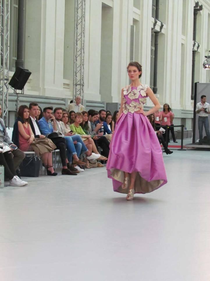de-la-cierva&nicolas-pasarela-costura-españa-moda-españa-galeria-de-cristal-angienewlook-novias-bride-angie-reyn--fashion-stylist-estilista-de-moda-moda-estilo-tendencias-vestidos