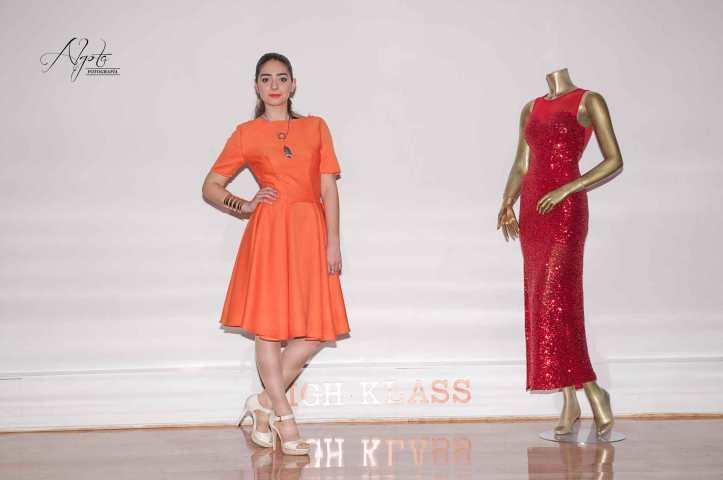 desfile-de-moda-fashion-show-angienewlook-angie-reyn-arquimedes-llorens-high-klass-multiespacio-estilista-de-moda-madrid-personal-shopper-madrid-vestido-verano-marcos-souza