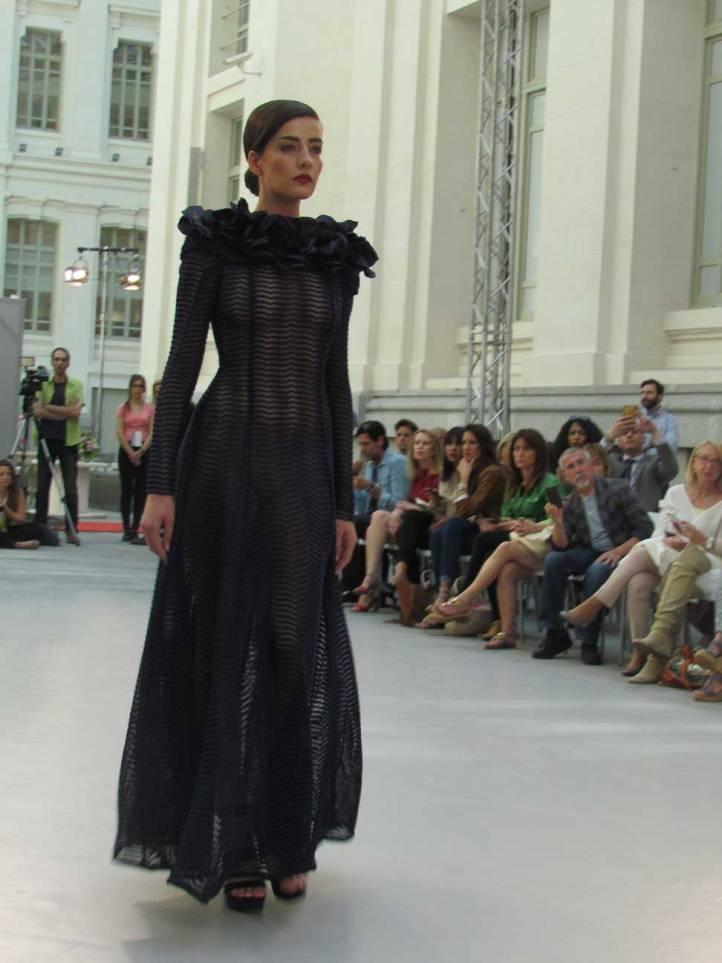 fernando-claro-sevilla-pasarela-costura-españa-moda-españa-galeria-de-cristal-angienewlook-novias-bride-angie-reyn--fashion-stylist-estilista-de-moda-moda-estilo-tendencias-transparencias