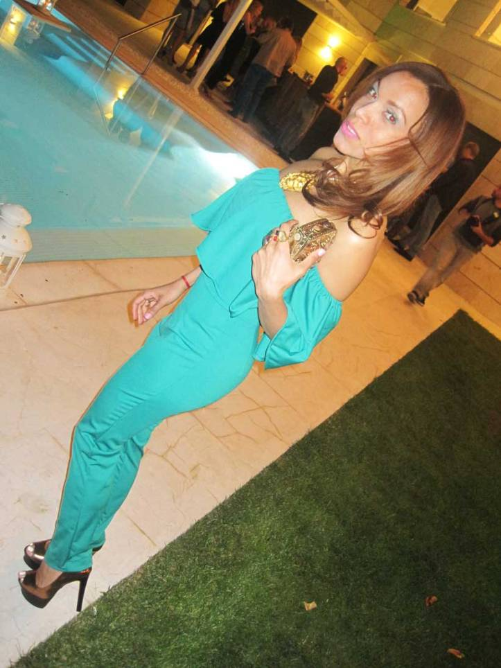 jumpsuit-angienewlook-fashion-blogger--fashion-stylist-estilista-madrid-personal-shopper-madrid-kurt-geiger-estilosa-angie-reyn-collar-nice