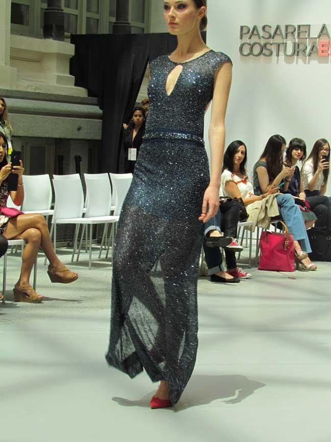 ogadenia-diaz-pasarela-costura-españa-moda-españa-galeria-de-cristal-angienewlook-novias-bride-angie-reyn--fashion-stylist-estilista-de-moda-moda-estilo-tendencias-pailettes-lentejuelas