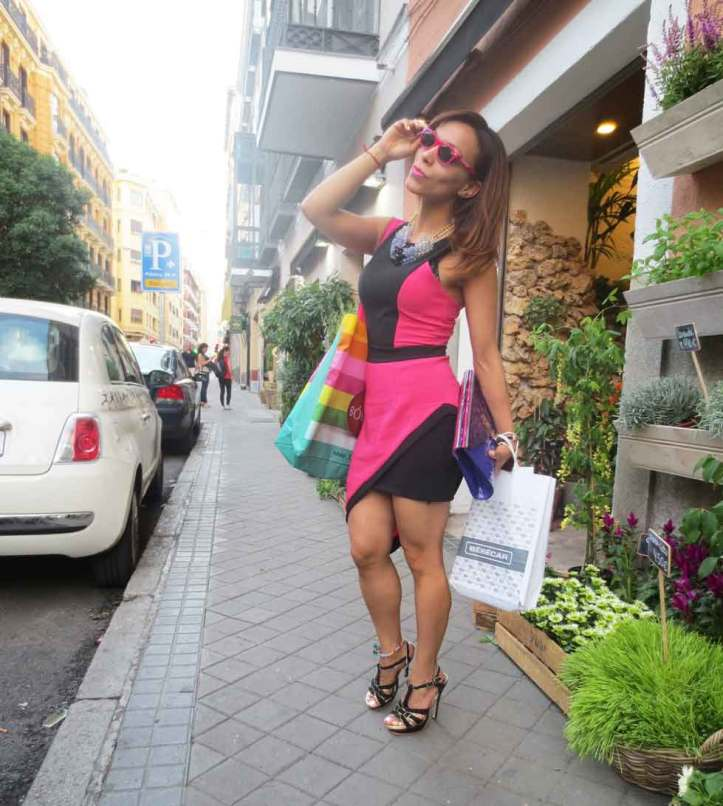 petite-style-petite-style-walking-madrid-petite-walking-angienewlook-blogger-estilo-fashion-blog-madrid--pink-and-black-angie-reyn-what-to-wear-missnewlook-high-heels