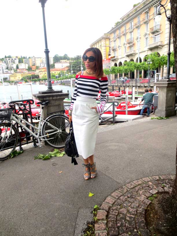 switzerland-suiza-lugano-stripes-top-rayas-denny-rose-angie-reyn-falda-de-cuero-gafas-prada-fashion-blogger-personal-shopper-madrid