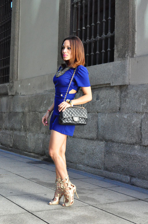 conjunto-denny-rose-falda-lady-like-personal-shopper-madrid-fashion-stylist-estilista-de-moda-madrid-angie-reyn-angienewlook-blog-moda-stilettos-playsuit