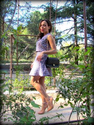 conjunto-denny-rose-falda-lady-like-personal-shopper-madrid-fashion-stylist-estilista-de-moda-madrid-angie-reyn-angienewlook-blog-moda-stilettos