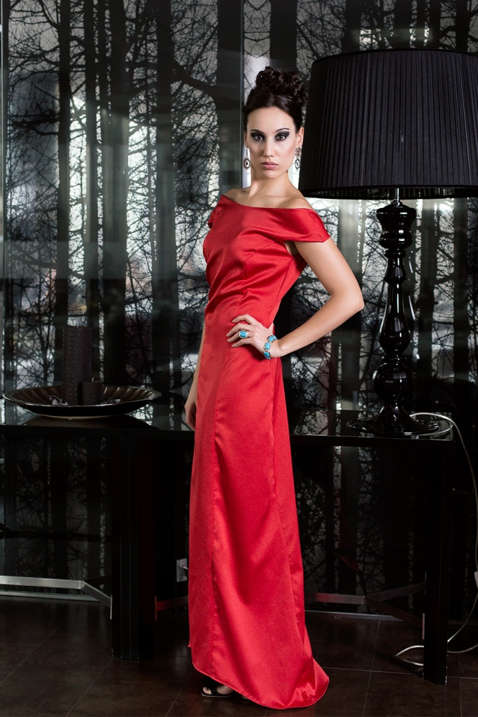 natalia de lara-turquoise-mckenzie-angienewlook-angie reyn-my job as a fashion stylist- personal shopper madrid-estilo-glamorous-fashion editorial-editorial de moda-fiesta