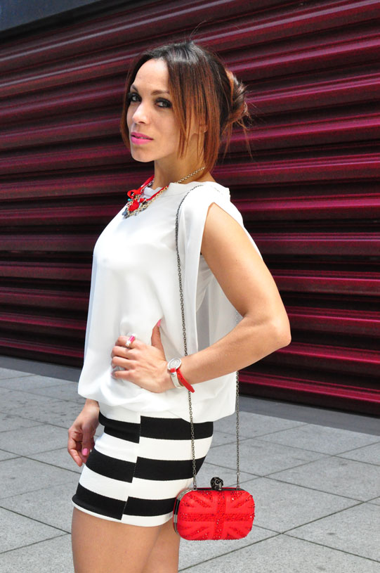 new-navy-stripes-estilo-marinero-angienewlook-angie-angie-reyn-white-dress-nude-shoes-moda-mujer-verano-2015-que-me-pongo-numero-3-bolso-rojo-red-bag-salones-nude