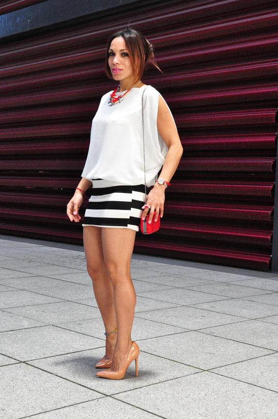 new-navy-stripes-estilo-marinero-angienewlook-angie-angie-reyn-white-dress-nude-shoes-moda-mujer-verano-2015-que-me-pongo-numero-3-clutch-bolso-fiesta