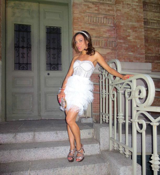 vestido-blanco-vestido-ceremonia-sandalias-casadei-motu-fashion-jennyfer-cortes-casa-arabe-madrid-personal-shopper-image-consultant-angienewlook-angie-reyn