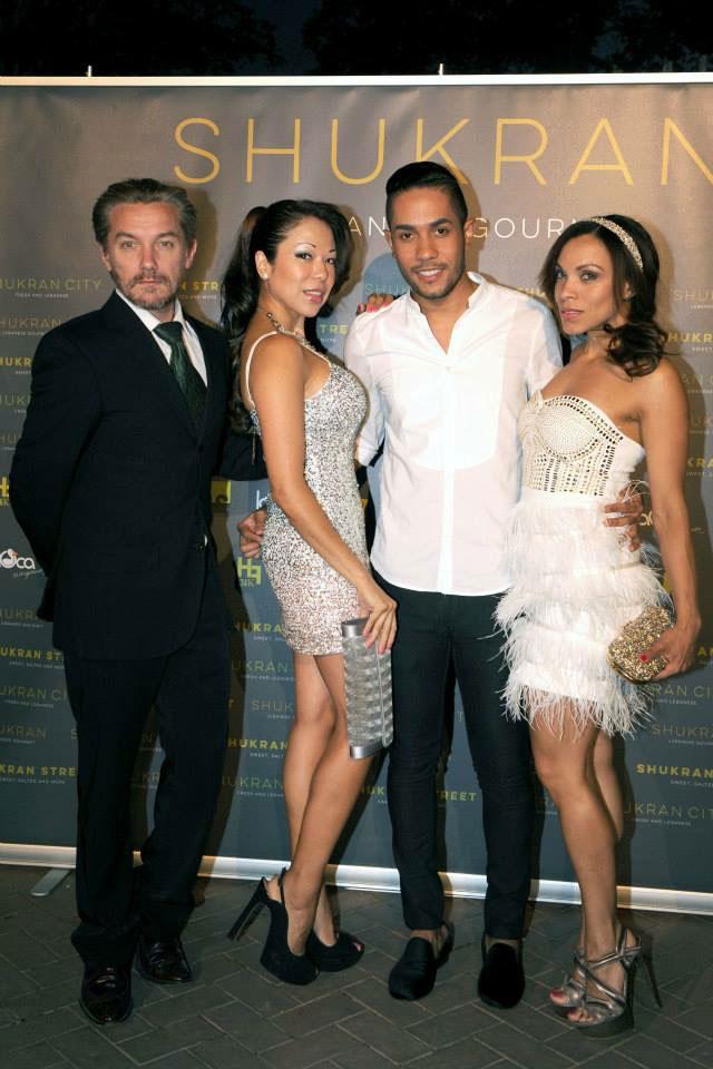 vestido-blanco-vestido-ceremonia-sandalias-casadei-motu-fashion-jennyfer-cortes-casa-arabe-madrid-personal-shopper-image-consultant-vestido-de-lentejuelas