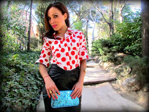 denny-rose-la-strada-nude-stilettos-zapatos-de-salon-falda-polipiel-camisa-de-lunares-rojos-angienewlook-angie-reyn-blogger-fashion-stylist-missnewlook