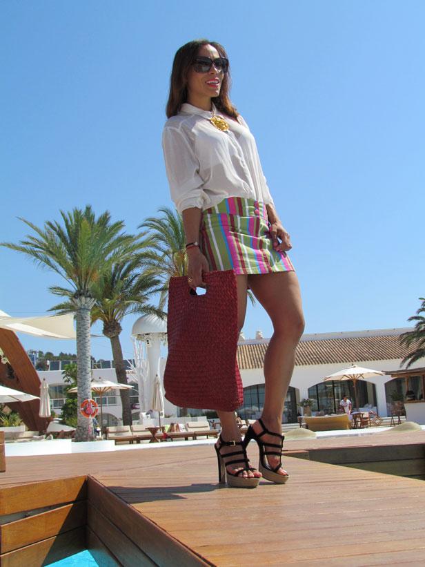 destino-pacha-ibiza-resort-santa-eulalia-isla-pitiusa-angienewlook-angie-reyn-estilista-de-moda-fashion-stylist-stripe-skirt-falda-de-rayas-nice-europa