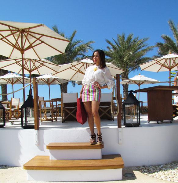 destino-pacha-ibiza-resort-santa-eulalia-isla-pitiusa-angienewlook-angie-reyn-estilista-de-moda-fashion-stylist-stripe-skirt-falda-de-rayas