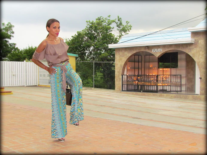 santo-cerro-la-vega-dominican-republic-republica-dominica-angienewlook-angie-reyn-printed-pant-palazzo-estilista-de-moda-personal-shopper-madrid-moda-mujer