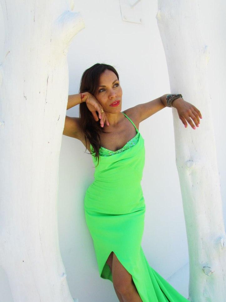 arquimedes-llorens-alta-costura-haute-couture-vestido-fluor-angienewlook-angie-reyn-destino-pacha-ibiza-gown-coral-lips-estilista-de-moda-personal-shopper-madrid-angelica-reynoso