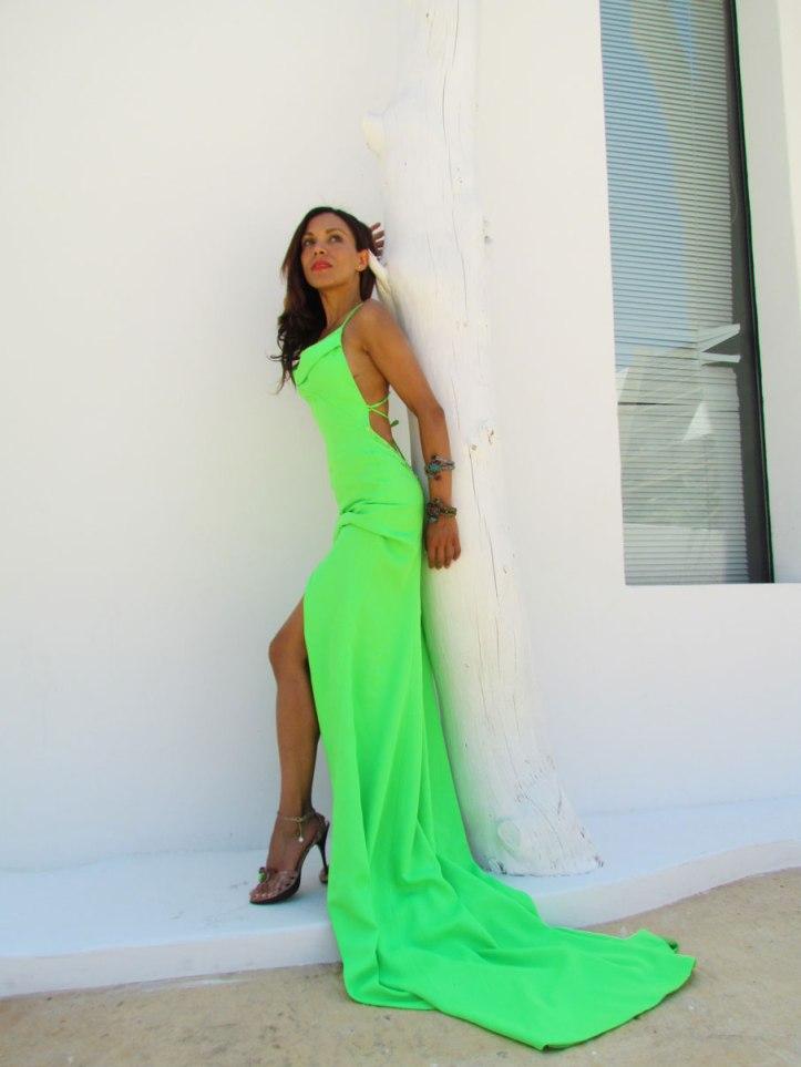 arquimedes-llorens-alta-costura-haute-couture-vestido-fluor-angienewlook-angie-reyn-destino-pacha-ibiza-gown-coral-lips-estilista-de-moda-personal-shopper-madrid-fashion-blogger-sesion-de-fotos