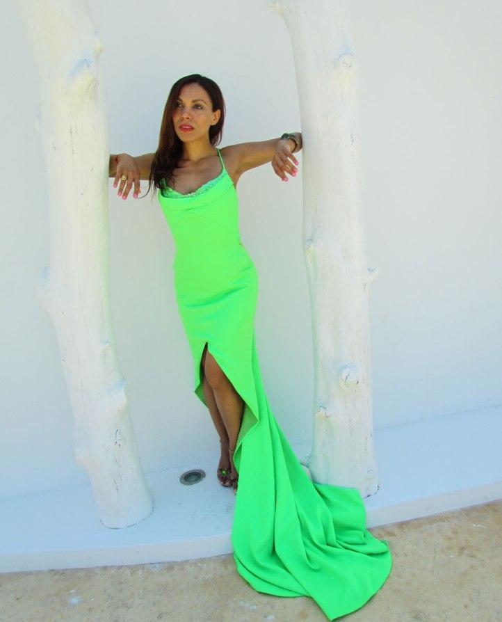 arquimedes-llorens-alta-costura-haute-couture-vestido-fluor-angienewlook-angie-reyn-destino-pacha-ibiza-gown-coral-lips-estilista-de-moda-personal-shopper-madrid