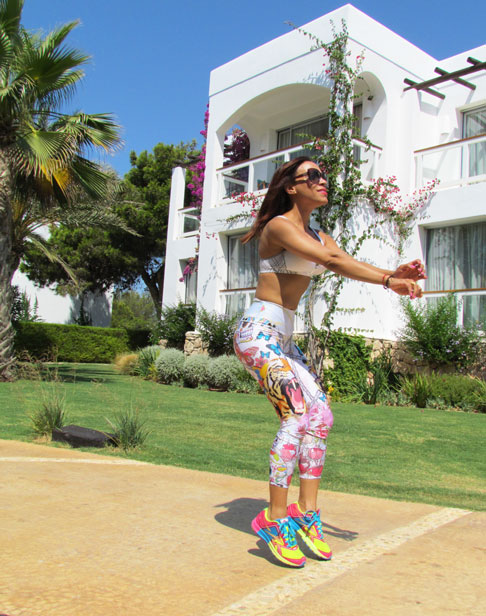 fitnesschic-mallas-colombianas-moda-gym-sports-wear-chic-en-el-gimnasio-angienewlook-angie-reyn-animal-print-ed-hardy-style-workout-leggings