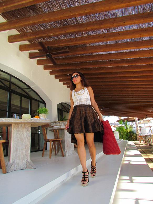angienewlook-angie-reyn-natalia-de-lara-vestido-de-flores-alta-costura-vestido-largo-destino-ibiza-pacha-ibiza-ibiza-blog-moda-falda-asimetrica