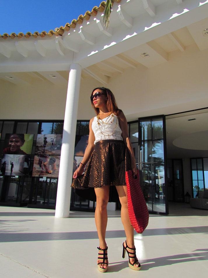angienewlook-angie-reyn-natalia-de-lara-vestido-de-flores-alta-costura-vestido-largo-destino-ibiza-pacha-ibiza-ibiza-blog-moda-metallic-skirt