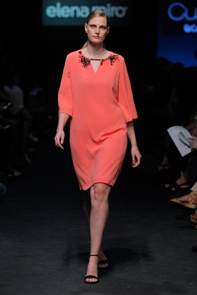 ElenaMiro_vestido-coral-coral-dress-plus-size-curvy-curvieseci--mfshow-ss2016-angienewlook-angie-reyn-front-row-alta-costura-haute-couture-modelo-ladylike-models-tresemme-spain