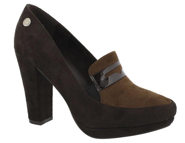 estret_marron_zapato oficina-chik10-acon midi-kitten heel-angienewlook-angie reyn-tendencias calzado oi 2015- footwear trends aw 2015-pointed heel