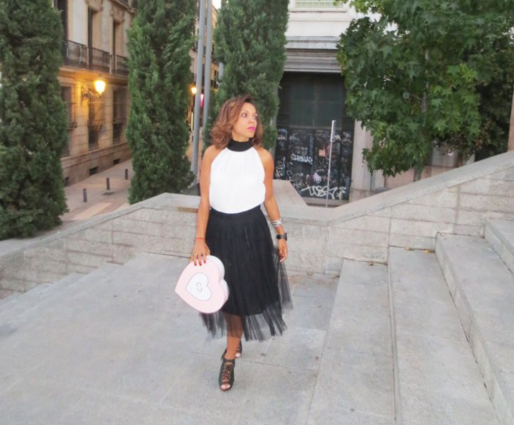 MBFWM-ANGIENEWLOOK-angie-reyn--angie-r--estilista-de-moda-productos-icon-cure-by-chiara-are-you-ready-peluqueria-asos-buffalo-shoes-johan-luc-katt-broderie-fashion-blogger-personal-shopper-all-about-white-steve-madden