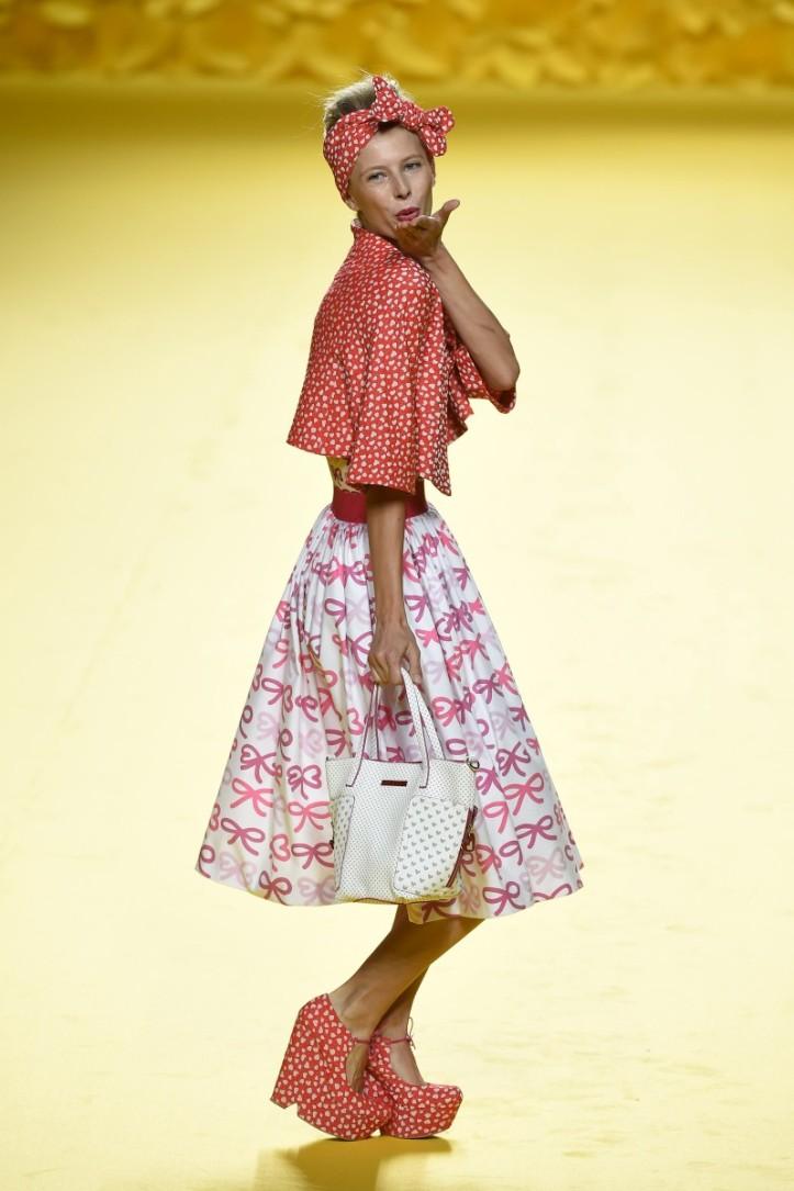 mbfwm15-mbfwmadrid p-v-2016-agatha ruiz de la prada-lolita-años 50-pasarela españa-semana de la moda madrid