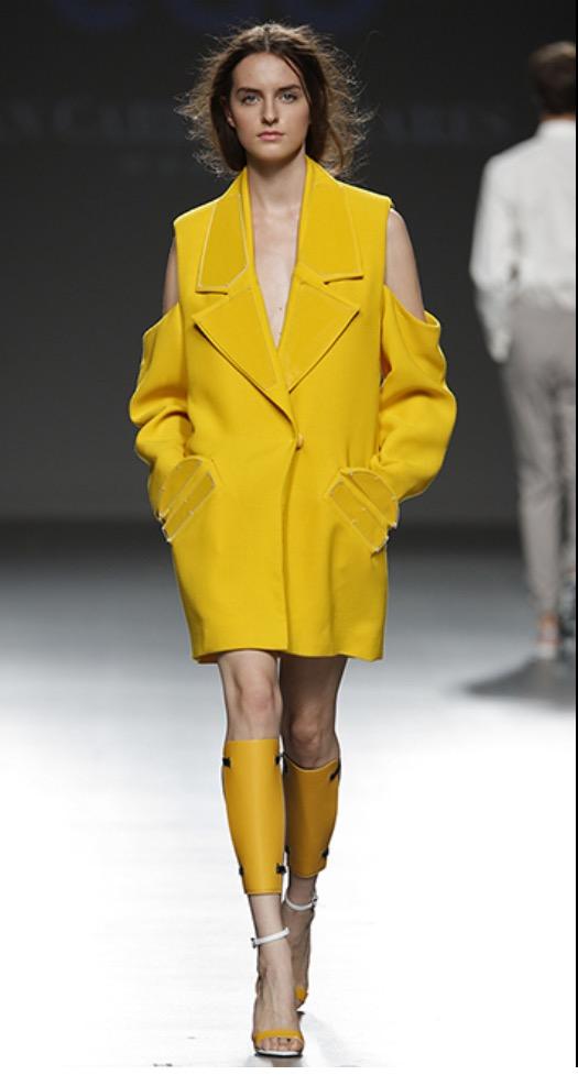 mbfwm15-mbfwmadrid p-v-2016-pasarela españa-semana de la moda madrid-angie reyn-angienewlook- angie r-sandalias de tira-juan carlos pajares diseñador