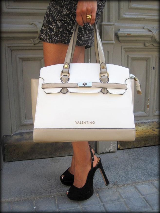 angie-reyn-bolso-valentino-zapatos-de-tacón-high-heels--pencil-sikirt-falda-hm
