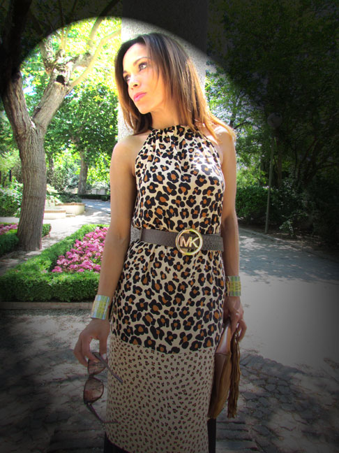 animal-print-vestido-moda-mujer-estilo-blogger-de-moda-bloguera-angie-vestido-deny-rose-street-style