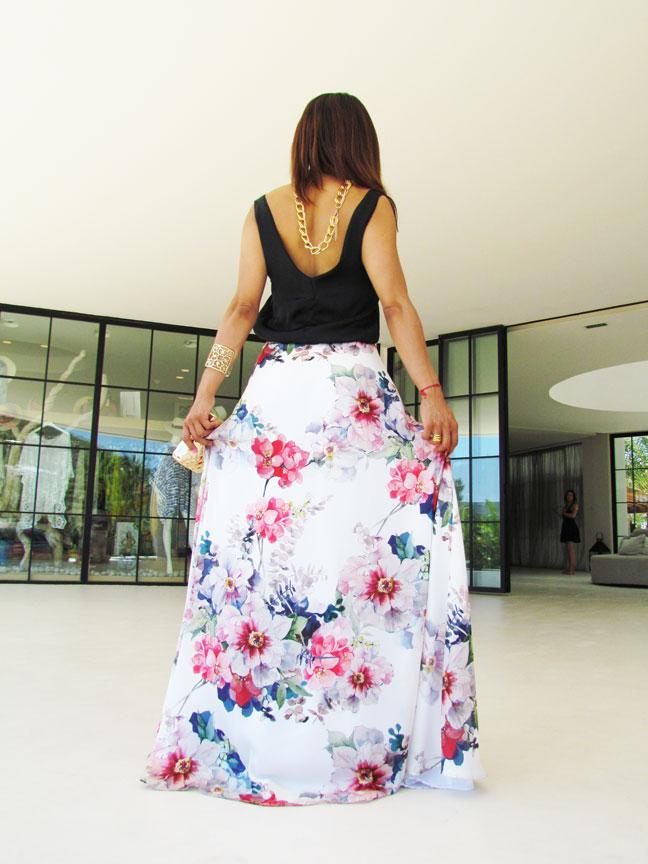 angienewlook-angie-reyn-natalia-de-lara-vestido-de-flores-alta-costura-vestido-largo-destino-ibiza-pacha-ibiza-ibiza-blog-moda-clutch-dorado