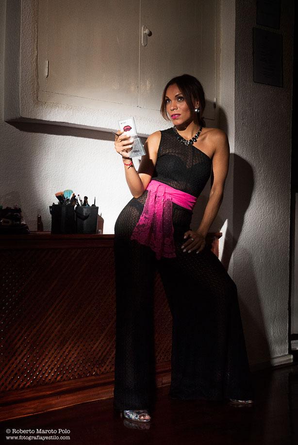 Roberto-Maroto-Polo-Fotografia-y-Estilo-Angie-Reyn-010-sheer-jumpsuit-zapatos-de-tacon-high-heels