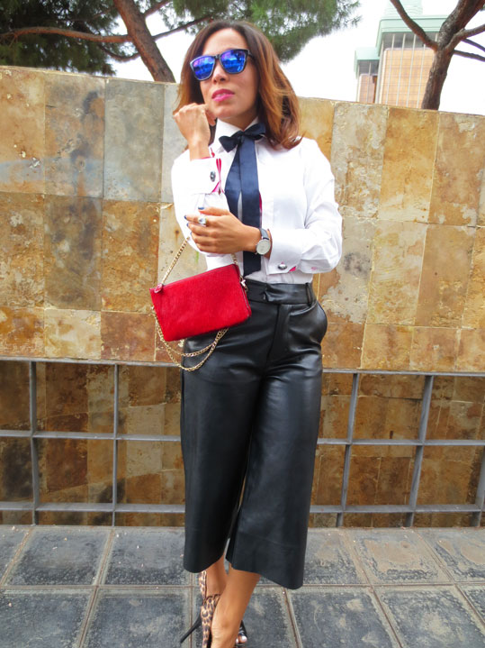 pantalon-culotte-pantalon-midi-culotte-pants-white-shirt