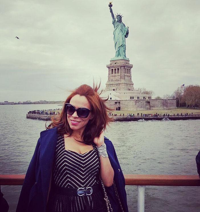 charlotte-russe-michael-kors-versace-sunnies-dress-vestido-estatua-de-la-libertad