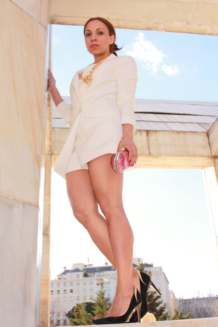WHITE-playsuit-angie-reyn-angienewlook-manoukian-stilettos