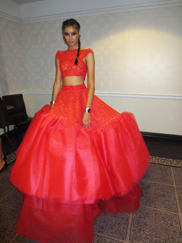 crop-top-trend-alta-costura-haute-couture-ss2017-fashion-show-pv2017-pasarela-nueva-york