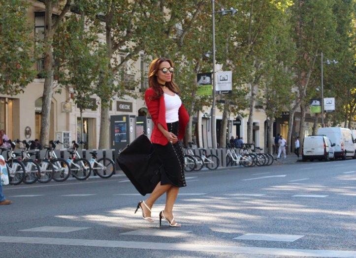 denny-rose-laced-skirt-falda-con-cordones-ajustables-gafas-de-gatita