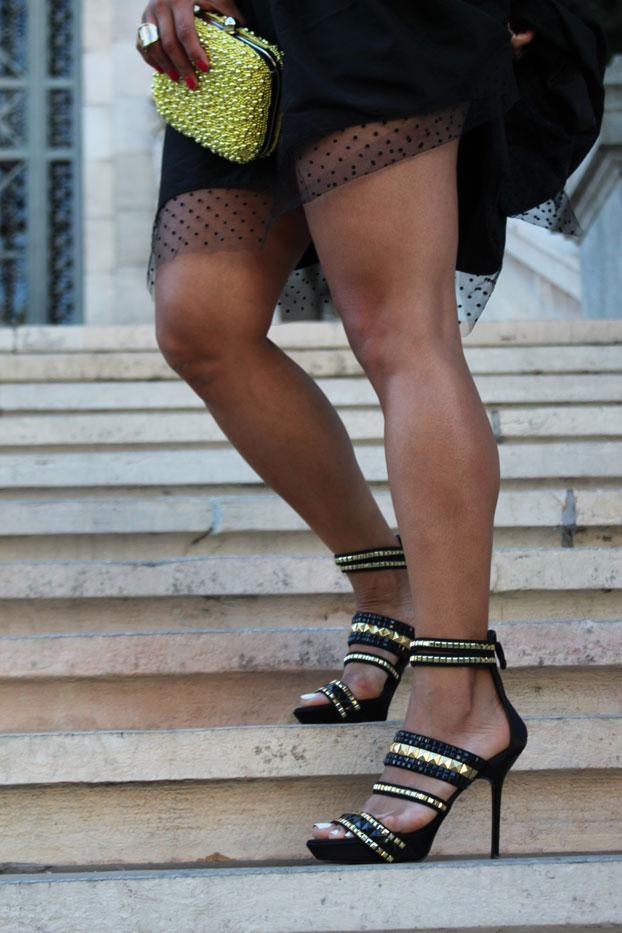 just-cavalli-sandals-little-black-dress-natalia-de-lara-cloti-garcia-biblioteca-nacional-madrid