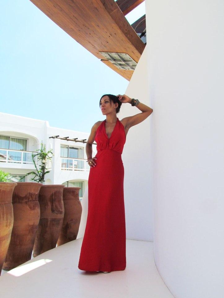 angienewlook-angie-reyn-vestido-rojo-vestido-rojo-alta-costura-haute-couture-dress-vestido-arquimedes-llorens-blog-moda-destino-ibiza-destino-pacha-ibiza-resort-estilista-de-moda-madrid