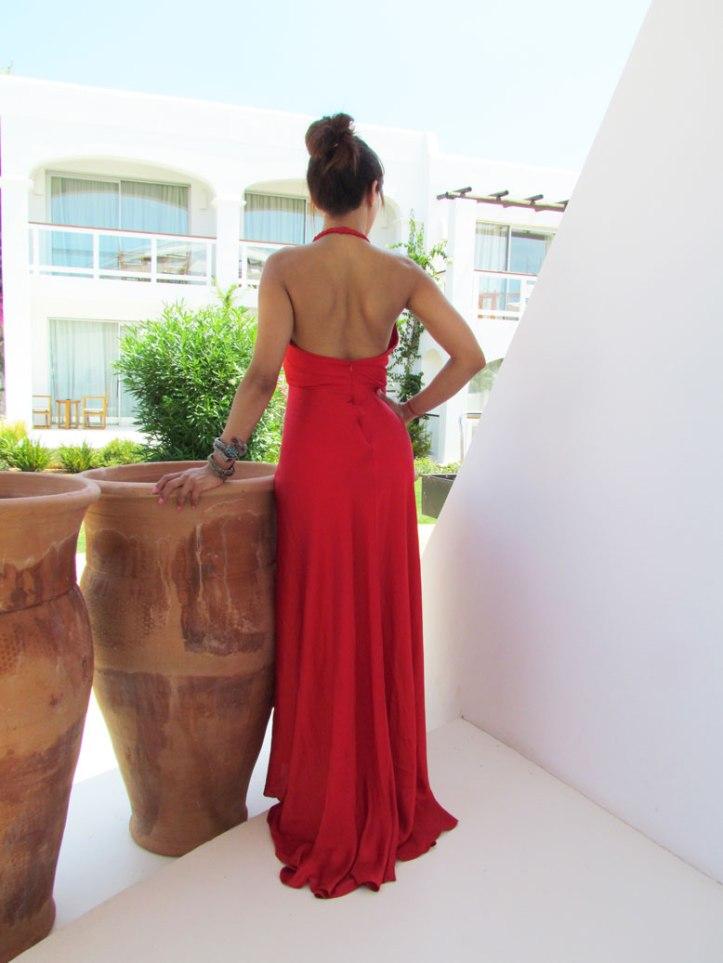angienewlook-angie-reyn-vestido-rojo-vestido-rojo-alta-costura-haute-couture-dress-vestido-arquimedes-llorens-blog-moda-destino-ibiza-destino-pacha-ibiza-resort-vestido-de-alfombra-roja