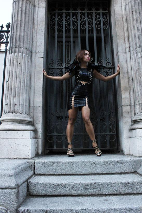 warrior-of-the-light-vestido-estilo-balmain-balmain-style-dress-angie