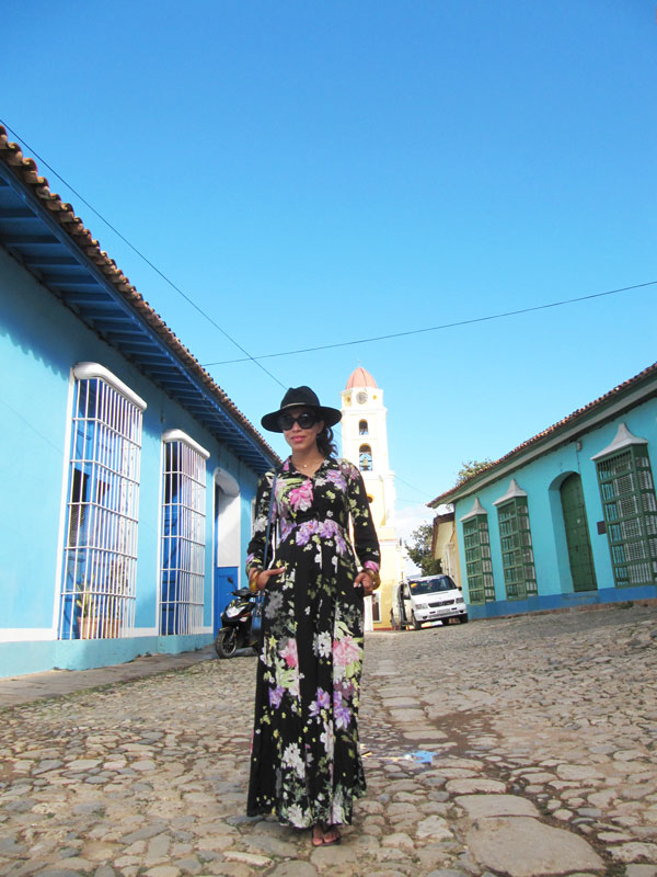 trinidad Cuba, long dress, vestido largo, sombrero, visiting cuba, coach handbag