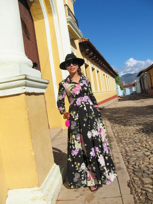 turista-en-cuba-dominicana-por-el-mundo-estilo-cubano-bodeguita-de-en-medio-cuba-el-floridita-cuba