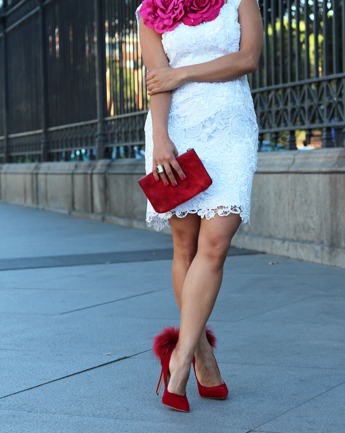 cloti garcia, red manicure, pointed shoes, angienewlook