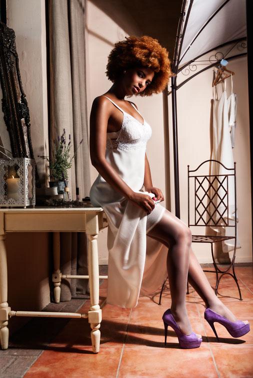 visitacion-villar-silk-robe-lshowroom-purple-peep-toes-zapatos-morados-hosiery-ligueros