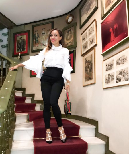 blanco and white look, b&w outfit, gucci handbag, valentino shoes, zapatos valentino, cafe de chinitas